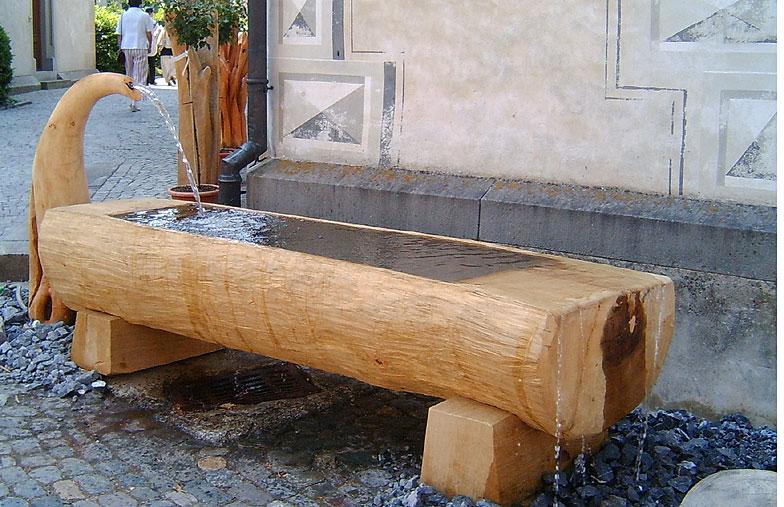 Brunnen Aus Holz Vom Künstler Nach Mass Gefertigt