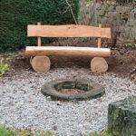 Holzbank für Sitzplatz