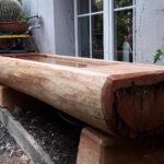 Holzbrunnen am Haus aus Lärche